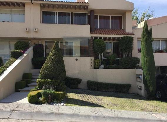 Hermosa Casa De 3 Niveles En El Fraccionamiento A 10 De Santa Fe E Interlomas