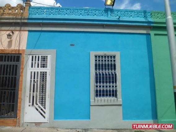 Casas En Venta San Blas Valencia Carabobo 18-13817 Rc