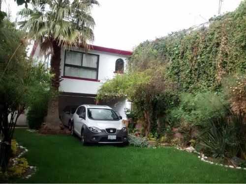 Casa En Venta En Fracc. Valle Del Angel