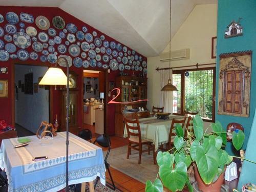 Casa En Pinares, 3 Dormitorios *- Ref: 3870