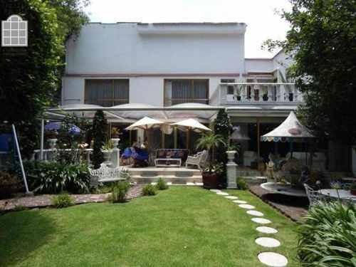 Casa En Venta Pedregal Con Alberca Y Jardin