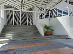 Apartamentos En Venta Los Mangos Carabobo 20-9513