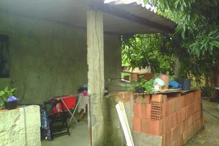 A Casa É Dentro Do Condomínio No Caminho Do Ceará