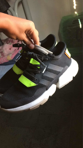 Tenis adidas Pod - Cor Traffic Warden