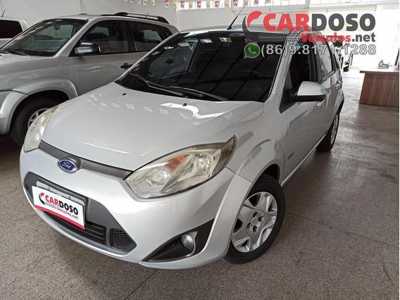 Ford Fiesta 1.6 - Bem Conservado