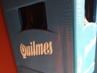 Cajon De Cerveza Quilmes De Litro Con Botellas Vacías