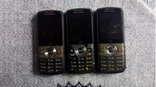 Celular Motorola Modelo I418 - No Estado P/ Restauro/peças.