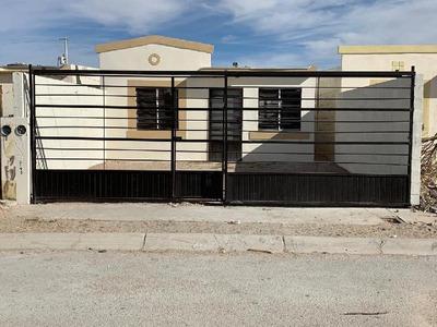 Casa Sola En Venta En Urbivilla Del Cedro, Juárez, Chihuahua