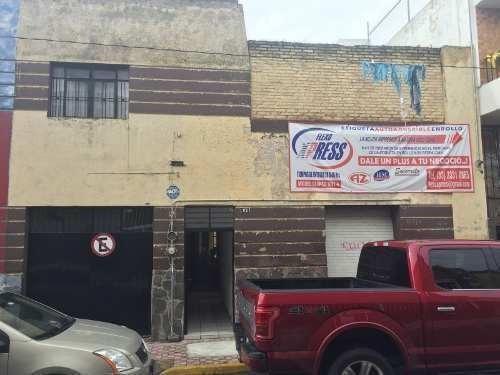Casa En Venta Con Local Comercial En Zona Centro De Gdl