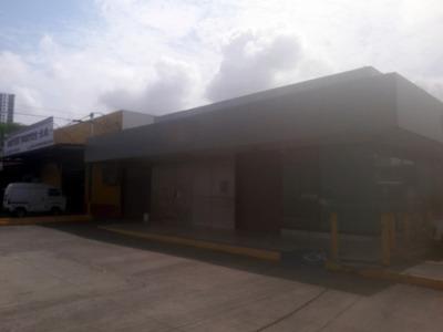 Alquiler Local Para Entidad Bancaria En Rio Abajo