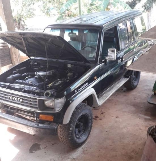 Toyota Land Cruisser 1995