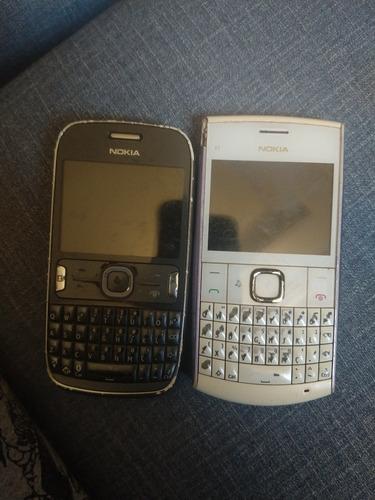 Dois Blackberry Nokia