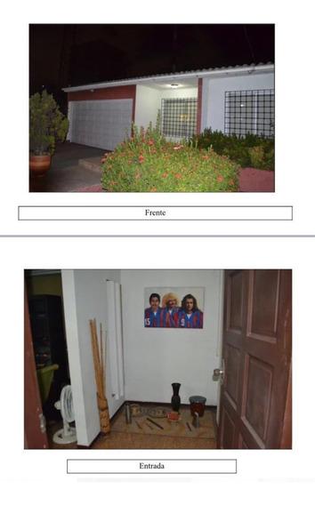 Se Vende Casa De Un Piso En El Barrio Paraiso