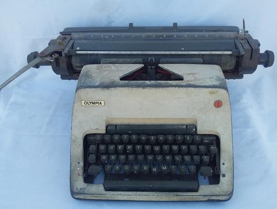 Antiga Maquina De Escrever Olimpia (cod.3660)