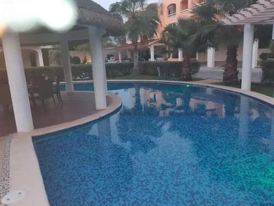 Renta De Casa Céntrica Sm 17 Cancún 4 Rec 4 Baños Y Alberca