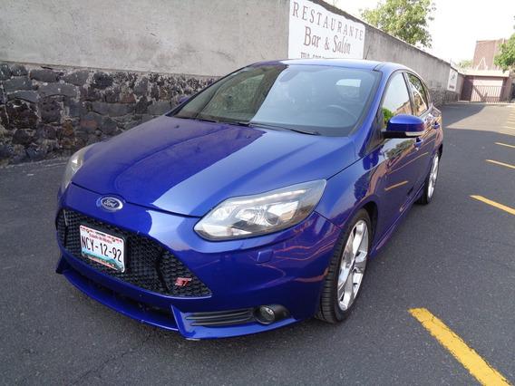 Ford Focus St 2014 Estandar