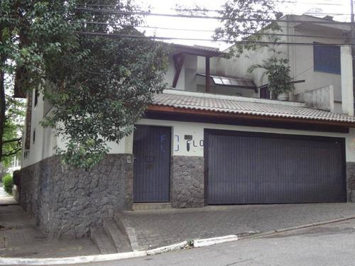 Casa Com 3 Dormitórios E 3 Vagas De Garagem - Paraíso. - Ca1180