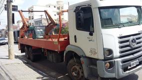 Caminhão Costellattion 24250 Ano 2010 Poli Triplo