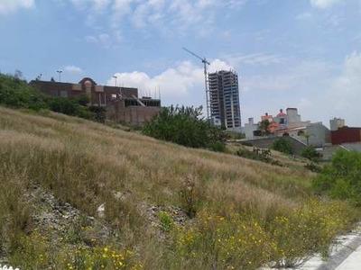 Hermoso Terreno Para Departamentos Con Espectacular Vista En Fracc Milenio Iii Qro. Mex.