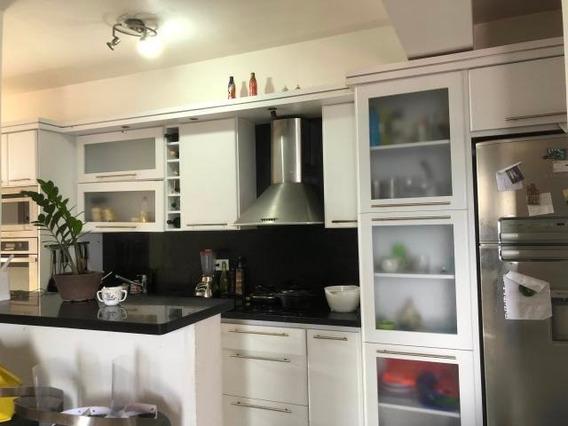 Apartamento En Venta Zona Este De Barquisimeto 20-22671 Jg
