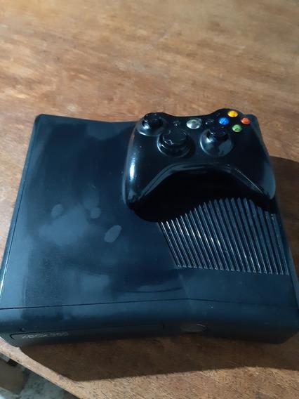 X Box 360 S Com Dois Comtroles Sem Fio (usado)