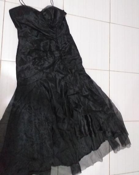 Vestido Longo Com Fenda Na Frente Veste 44