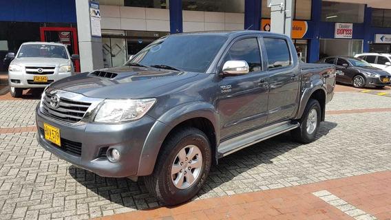 Toyota Hilux Srv 3.0 Aut 2014