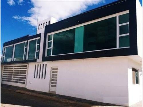 Casa Sola En Venta Fracc Las Cumbres