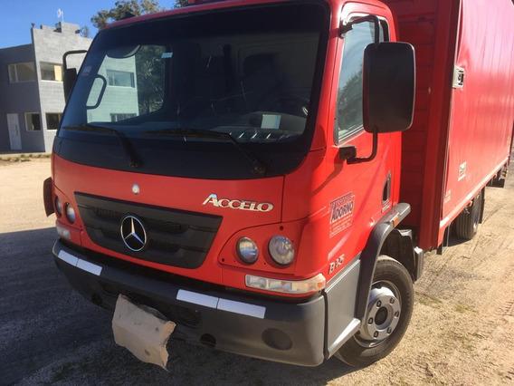 Camion Mercedes Benz Accelo 815