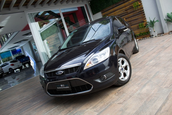 Ford Focus Ghia 2.0 16v. Autom. Nafta 2012 Negro