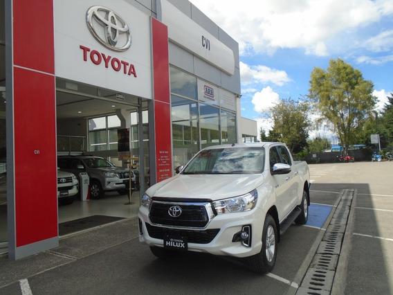 Toyota Hilux 4x4 At 2.8 Diesel. 2020