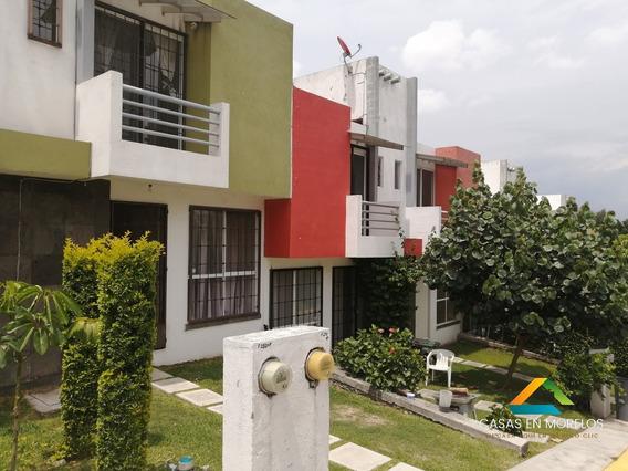 Casa De 3 Recamaras Con Alberca En Condominio