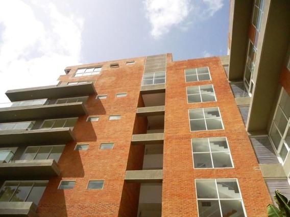 Apartamento En Venta Mls #18-8653