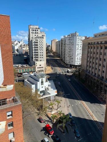 Apartamento 4 Dorm 2 Baños En Av.del Libertador - Centro (montevideo)