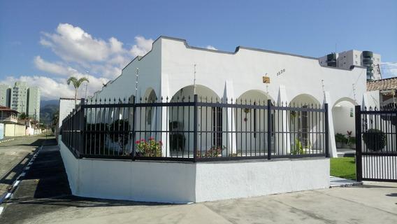 Casa De Esquina- Médio Padrão, Moderna, Próx Praia - Indaiá - 104