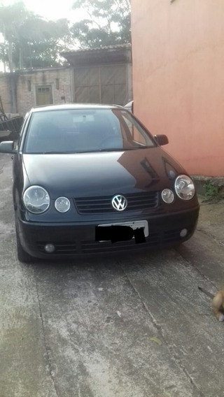 Volkswagen Polo 1.6 Total Flex 5p 2005