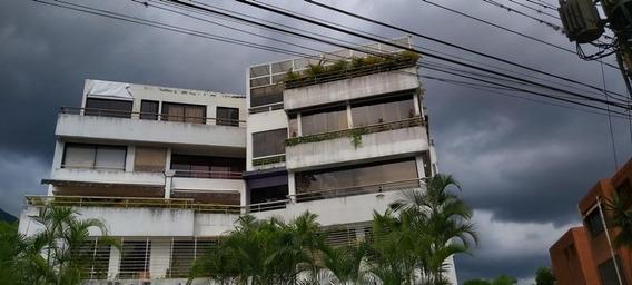 Apartamento 4 Ambientes Y 5 Baños