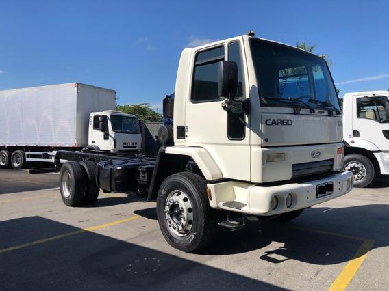 Caminhão Ford Cargo 1717 E
