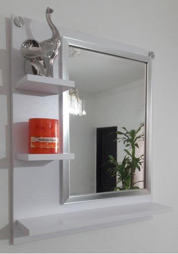 Imagen 1 de 2 de Espejo Con Marco Plateado Repisa Madera Moderna Baño Sala