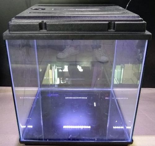 Pecera Cubo 50x50x50 Con Tapa Con Led Y Base De Termoformado