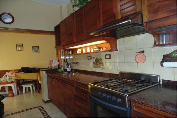 Casa De 4 Ambientes Villa Bosch Con Patio
