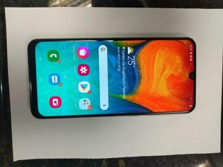 Celular Samsung A30 64gb Branco