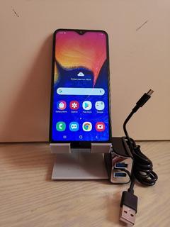 Samsung A10e. 2gb Ram Y 32gb Almacenamiento. Sin Detalles