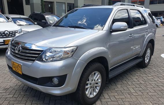 Toyota Fortuner Aut 2015