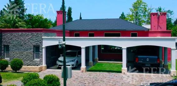 Hermosa Casa En Venta De 4 Ambientes Con Piscin Y Cochera En Country De Chascomus (26321)