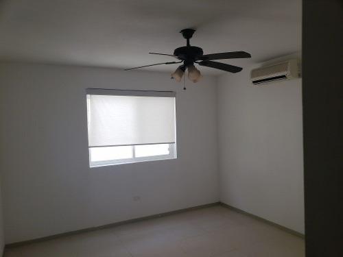 Casa En Condominio En Colonia Valle Oriente Sur, San Pedro Garza García
