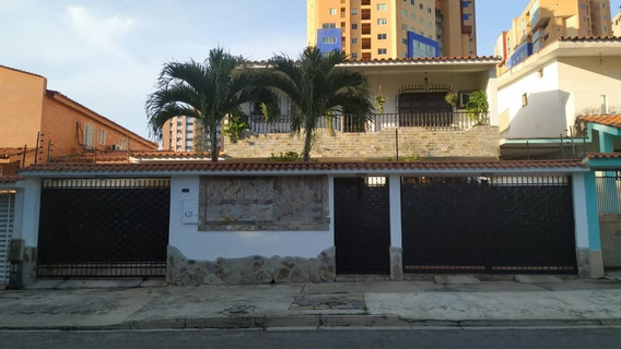 Casa En Venta La Trigalena Aaa 19-18547 Tlf 0424-4378437
