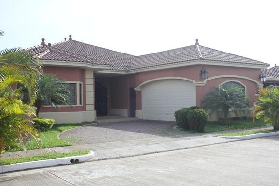 Vendo Casa Exclusiva En Ph Sunset Coast, Costa Sur 19-2327