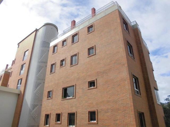 Apartamento En Venta 17-14917