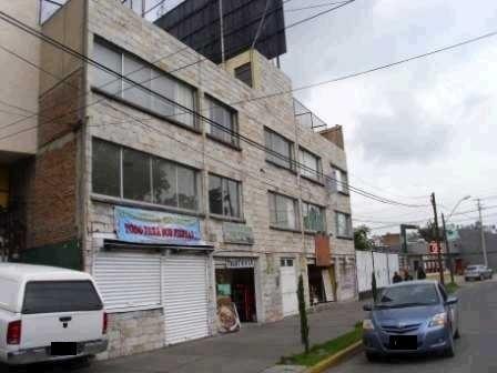 Edificio De Departamentos Isidro Fabela Esquina 1o. De Mayo